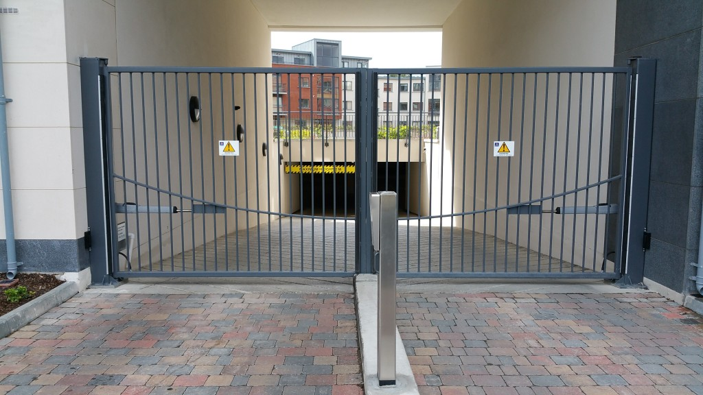 Automatic gate access to underground car park