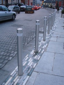 stainless-steel-bollards
